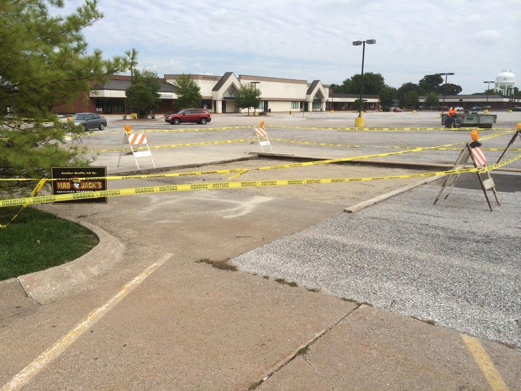 parking lot repair and resurfacing